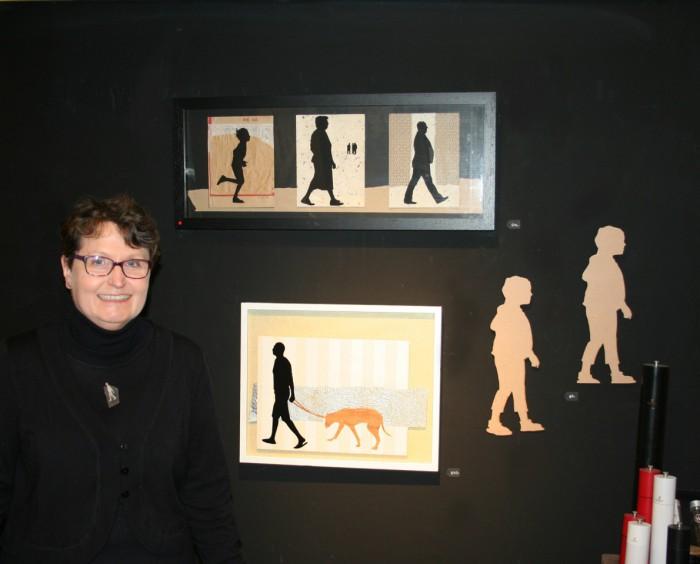 Bereits am Eröffnungstag konnte Kornelia Löhrer drei Arbeiten verkaufen (Foto: Löhrer)