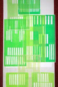Katharina Fischborn: bleiben.Hochdruckinstallation, 2 Papierbahnen, China-Wenzhou Papier, je 12 m Länge, bedruckt mit 36 Hochdrucken, je 40 cm x 20 cm, Farbe weiss, plus 108 Unikat-Hochdrucke, Offsetfarbe, auf China-Wenzhou Papier je 40 cm x 20 cm, Skalpellzeichnung, 2014, Mittelgang der Zwölf-Apostel Kirche, Frankenthal